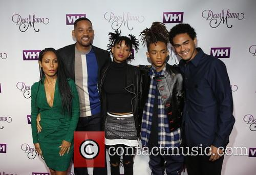 Jada Pinkett-smith, Will Smith, Willow Smith, Jaden and Trey 4