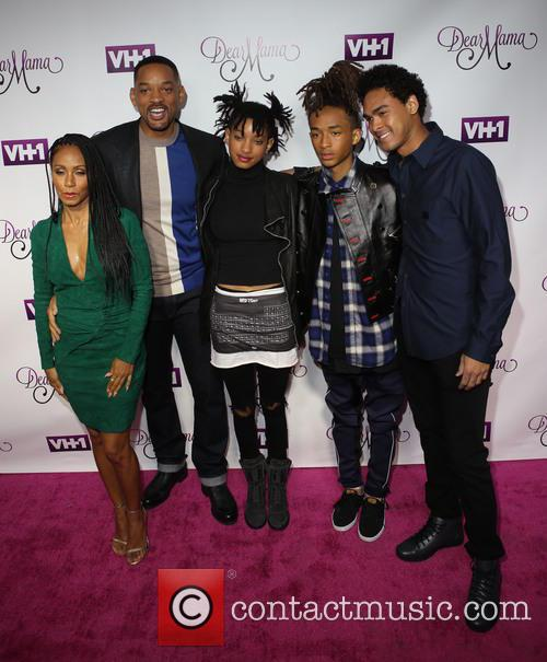 Jada Pinkett-smith, Will Smith, Willow Smith, Jaden and Trey 5