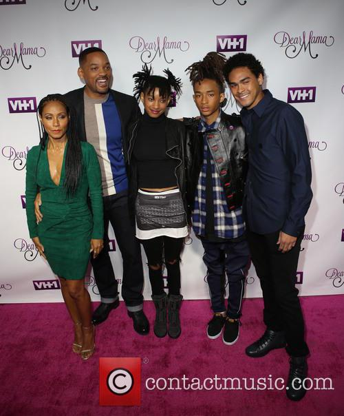 Jada Pinkett-smith, Will Smith, Willow Smith, Jaden and Trey 7