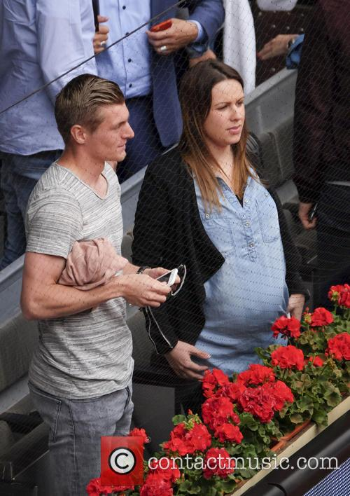 Toni Kroos and Jessica Farber 10