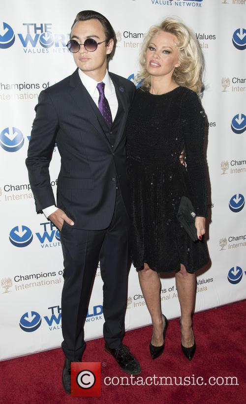 Brandon Thomas Lee and Pamela Anderson 4