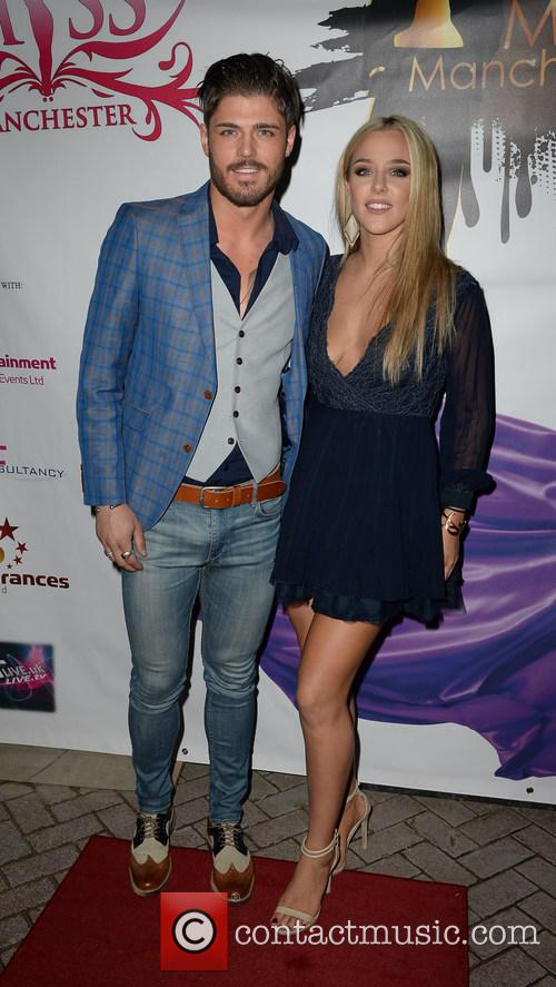 Sam Reece and Taylor Ward 9