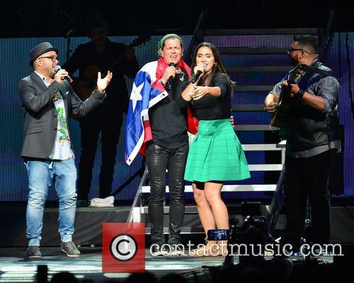 Edgar Rios, Mayda Belen, Quique Domenech, Tres and Carlos Vives 4