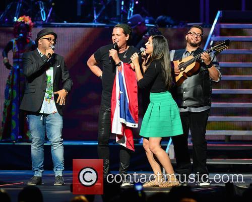 Edgar Rios, Mayda Belen, Quique Domenech, Tres and Carlos Vives 7