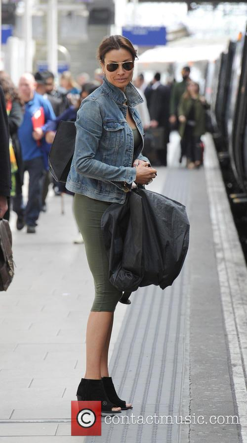 Melanie Sykes arriving at Manchester Piccadilly Train Station