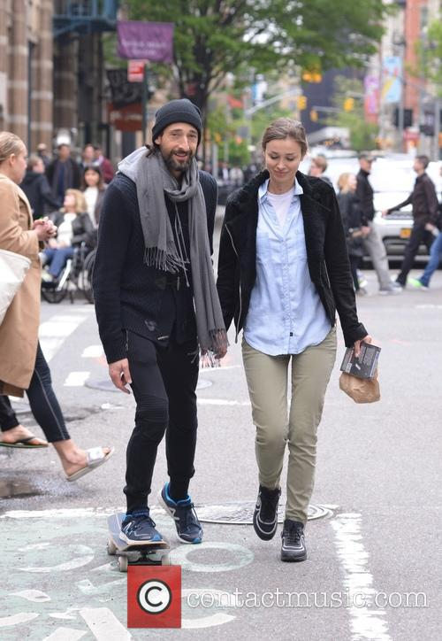 Adrien Brody and Lara Leito 5