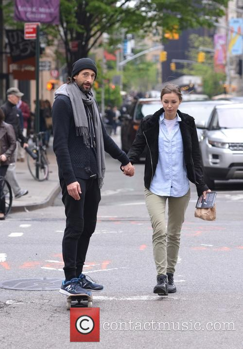Adrien Brody and Lara Leito 11