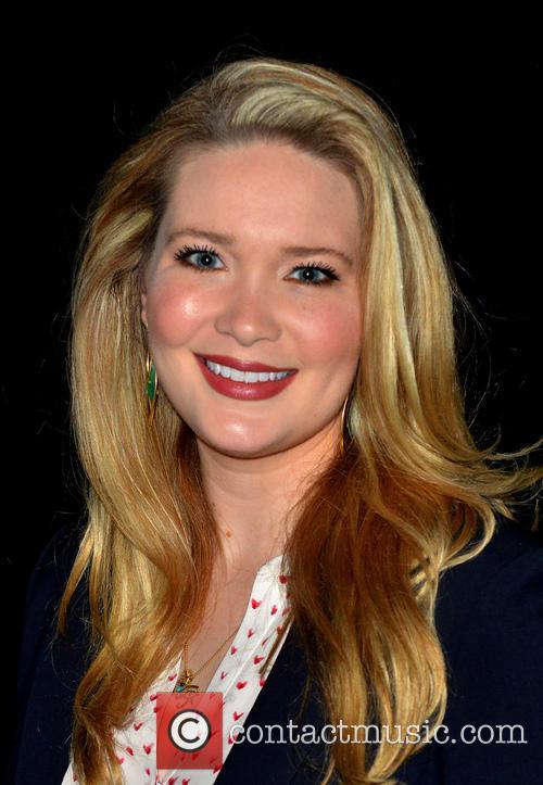 Sarah J. Maas 5