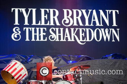 Tyler Bryant and The Shakedown perform live