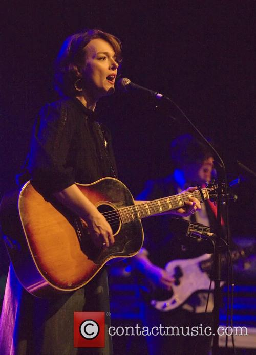 Laura Cantrell performs live in concert