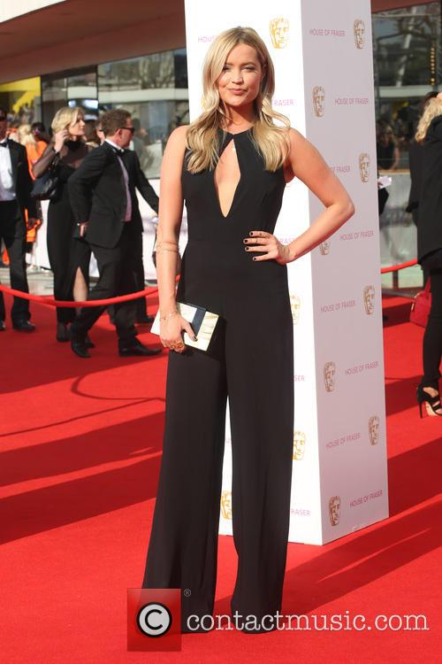 Laura Whitmore 3