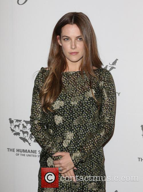 Riley Keough 5