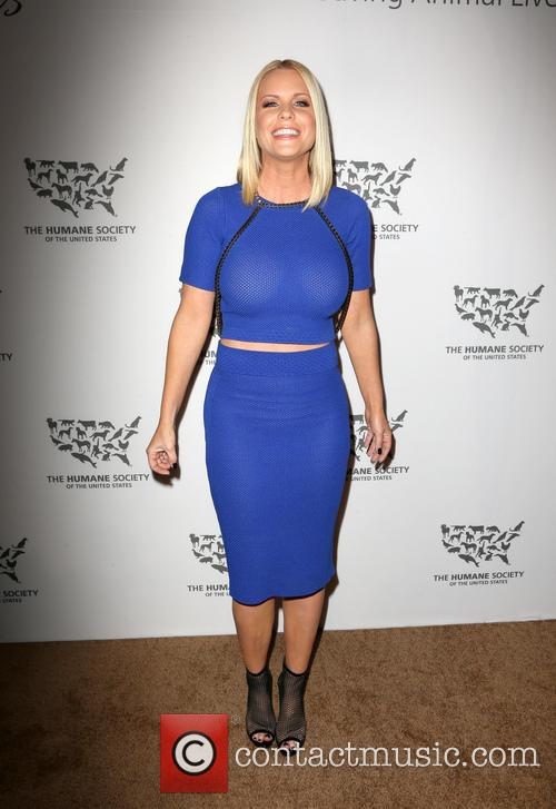 Carrie Keagan 6