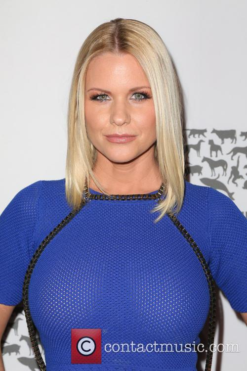 Carrie Keagan 7
