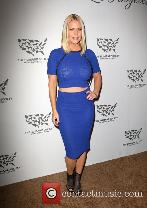 Carrie Keagan 11