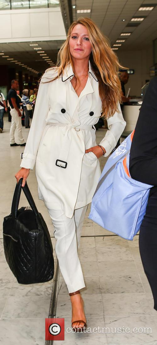 Blake Lively arrives at Nice Cote D'Azure airport
