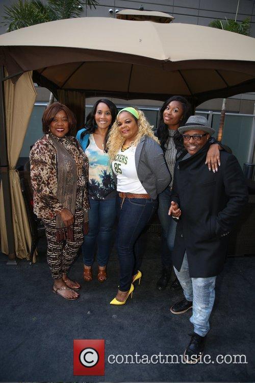 Kimberly Zulkowski, Yolanda Ross, Alex Thomas, Coco Jones and Loretta Devine 3