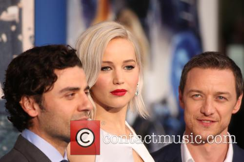 Jennifer Lawrence, Oscar Isaac and James Mcavoy 3