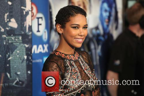 X Men and Alexandra Shipp 10