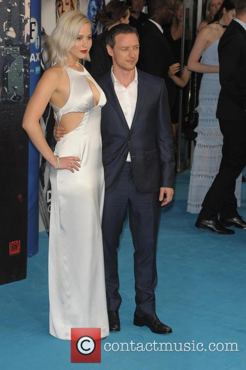 Jennifer Lawrence and James Mcavoy 11