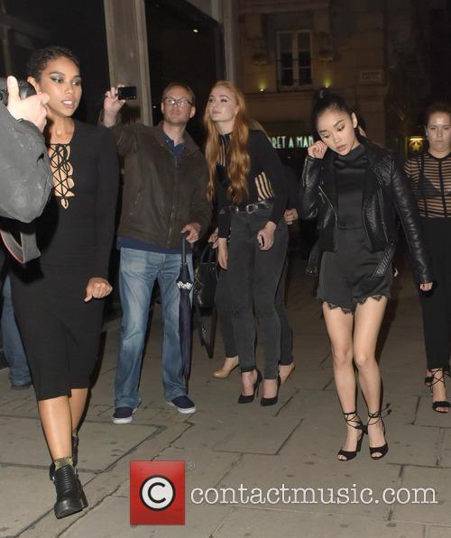 Sophie Turner, Alexandra Shipp and Lana Condor 3