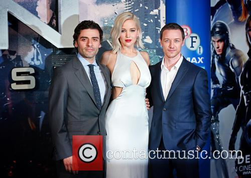Oscar Issac, Jennifer Lawrence and James Mcavoy 2