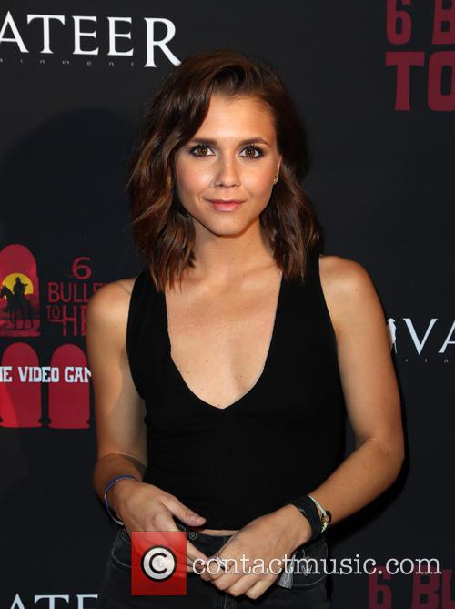 Alexandra Chando 7