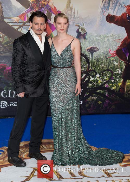 Mia Wasikowska and Johnny Depp 9