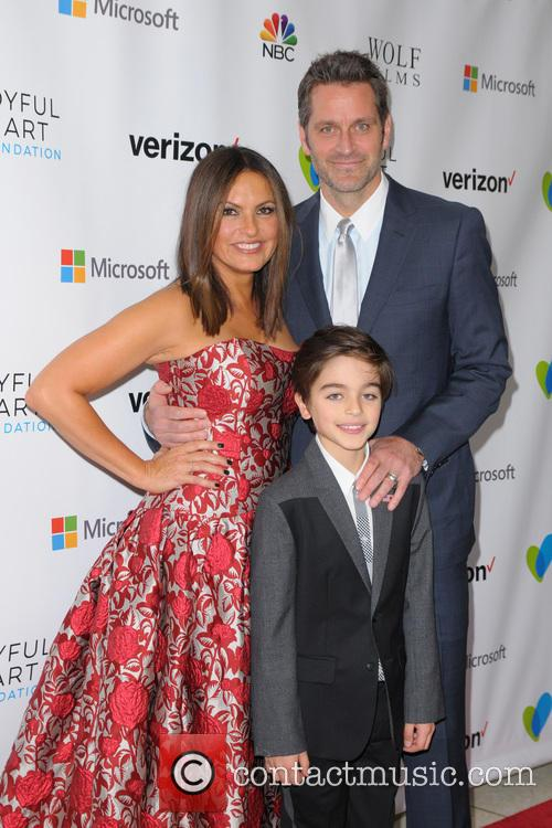 Mariska Hargitay and Peter Hermann 10