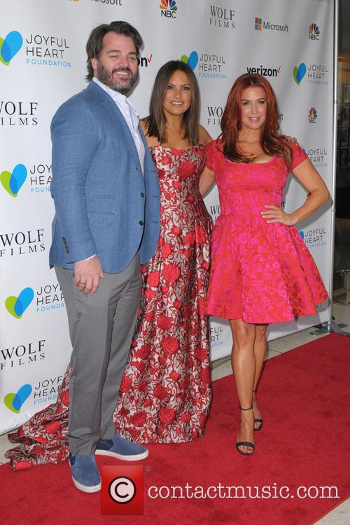 Shawn Sanford, Mariska Hargitay and Poppy Montgomery 5