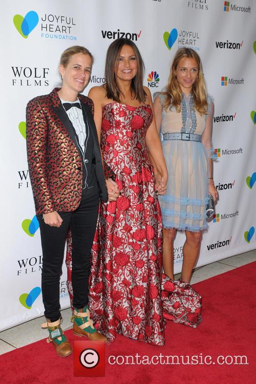 Samantha Ronson, Mariska Hargitay and Charlotte Ronson 1