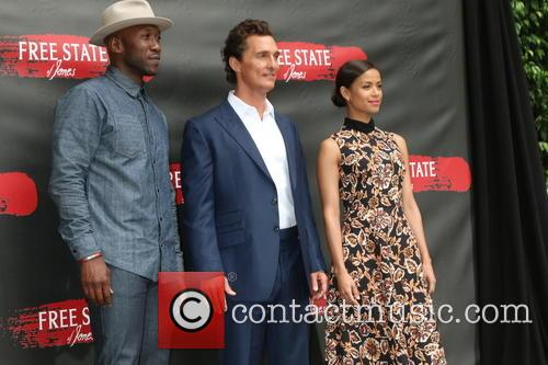 Mahershala Ali, Gugu Mbatha-raw and Matthew Mcconaughey 3