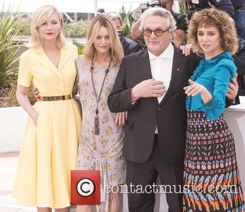 Kristen Dunst, Vanessa Paradis, George Miller and Valeria Golino 3
