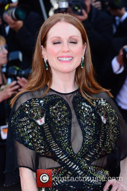 Julianne Moore 8