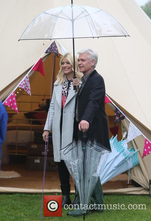 Holly Willoughby and Phillip Schofield 10