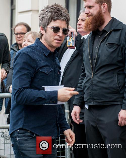Noel Gallagher and Singer Song-writer 3