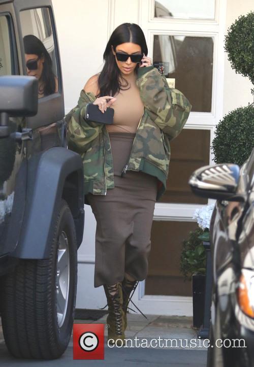 Kim Kardashian leaving Epione Skin Clinic