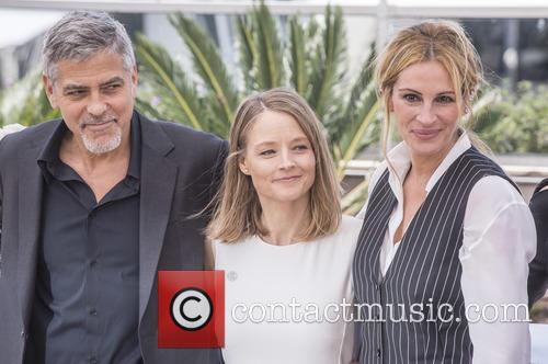 George Clooney, Jodie Foster and Julia Roberts 1