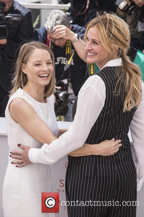 Jodie Foster and Julia Roberts 5