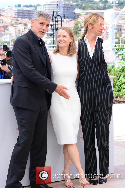 George Clooney, Jodie Foster and Julia Roberts 6
