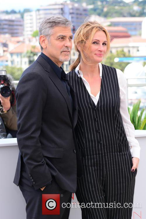 George Clooney and Julia Roberts 7