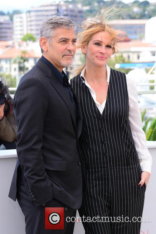 George Clooney and Julia Roberts 8