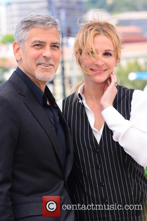 George Clooney and Julia Roberts 9