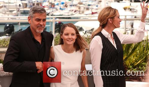George Clooney, Julia Roberts and Jodie Foster 2