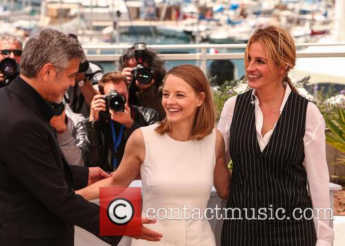 George Clooney, Jodie Foster and Julia Roberts 9