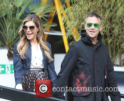 Robbie Williams and Ayda Field 3