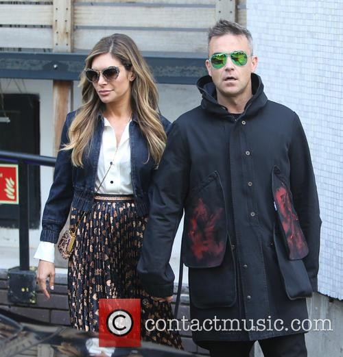 Robbie Williams and Ayda Field 7