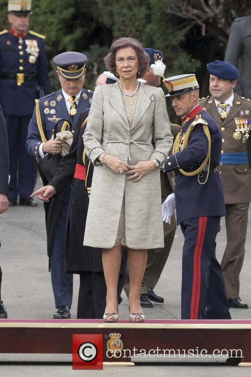 Guards and Queen Sofia Of Spain 2