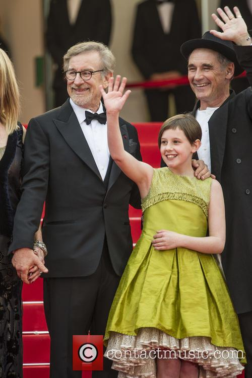 Steven Spielberg, Ruby Barnhill and Mark Rylance 5