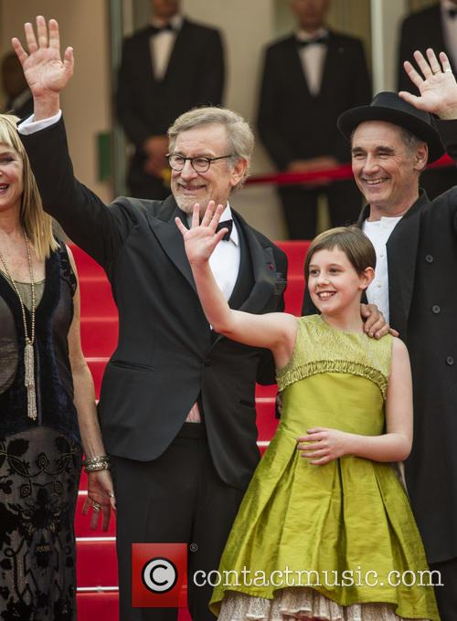 Steven Spielberg, Ruby Barnhill and Mark Rylance 6